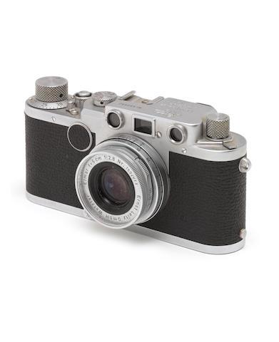 A Leica IIc,