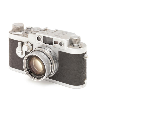 A Leica IIIg No 845031 with 5cm f/2 Summicron lens, no. 1041218.