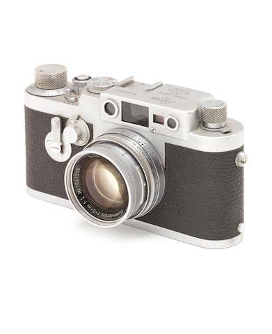 A Leica IIIg,