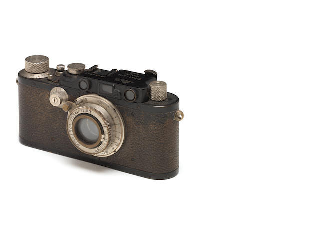 A Leica III no. 29339, black body with 5cm f/2.5 Hektor lens with unusual non-locking device.