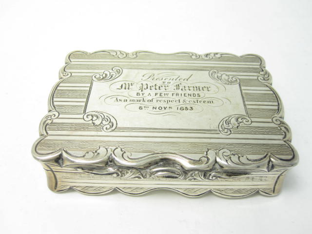 A Victorian snuff box by David Pettifer, Birmingham 1853