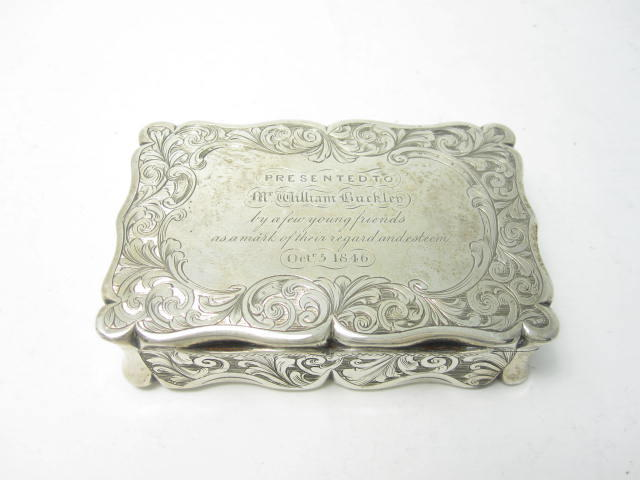 A Victorian silver snuff box by Edward Smith, Birmingham 1846