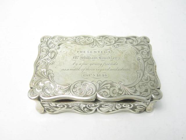A Victorian silver snuff box by Edward Smith, Birmingham 1846