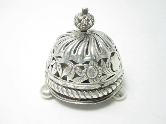 A late Victorian silver table bell by George Unite & Sons,  Birmingham 1891