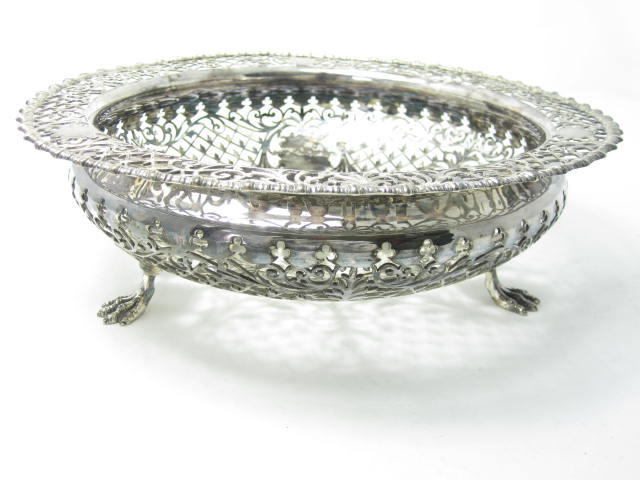 A silver bowl by James Dixon & Sons Ltd, Sheffield 1913