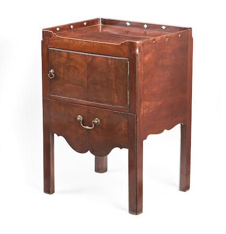 A George III mahogany bedside commode