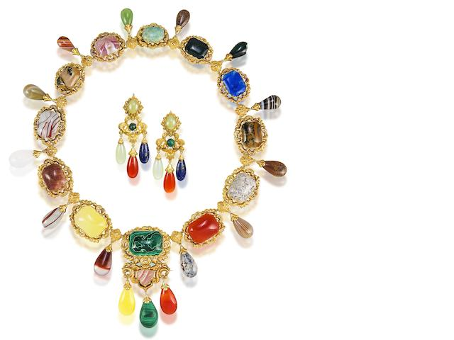 A gold and hardstone fringe necklace and earring suite, (2)