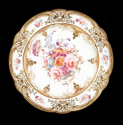 A fine Nantgarw centrepiece, circa 1818-20