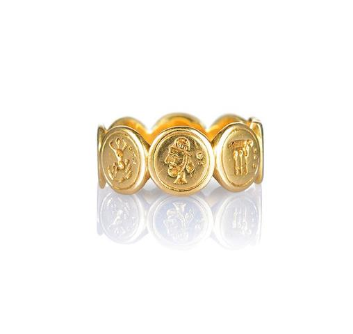 A gold Ionian commemorative ring,
