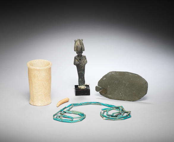 Four Egyptian artefacts 4