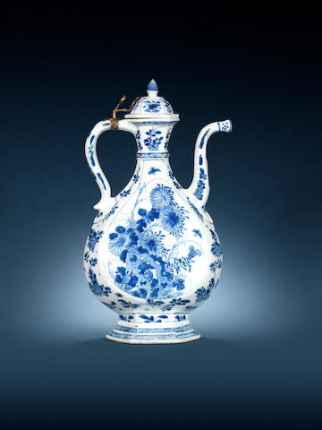 A rare blue and white ewer and cover for the Islamic market Kangxi