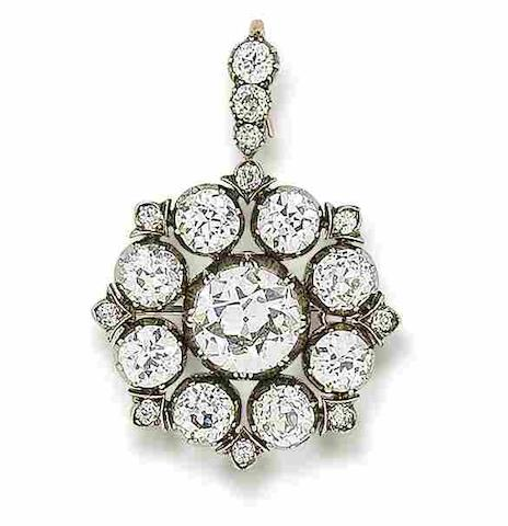 A late 19th century diamond brooch/pendant