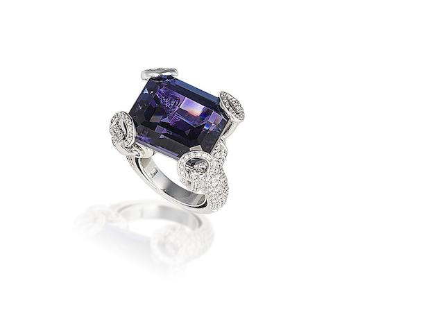 A tanzanite and diamond 'Horsebit' ring, by Gucci