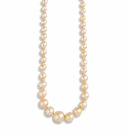 A natural pearl necklace,