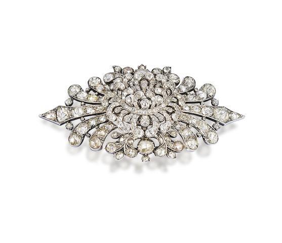 A diamond stomacher,