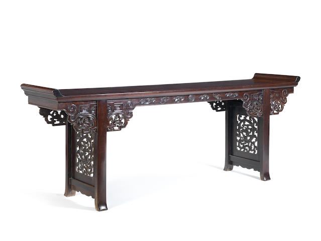 A large tielimu altar table Qing Dynasty