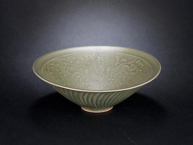 A celadon conical bowl