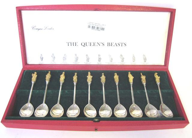 A cased set of  ten silver 'Queen's Beasts' commemorative spoons by R Comyns, London 1973 and other items (Qty)