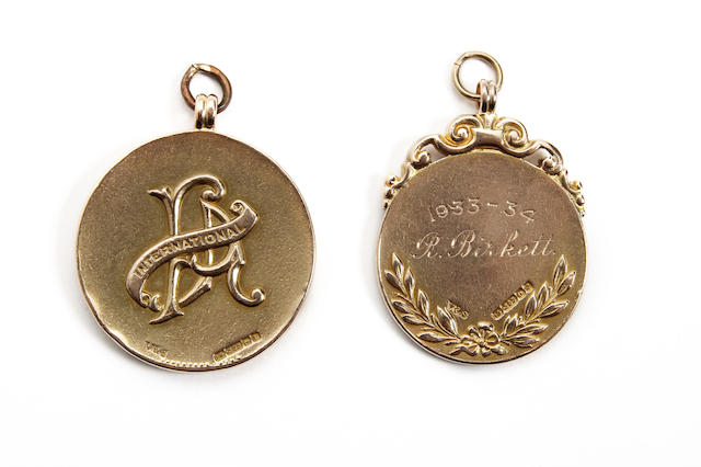 1935/6 Ireland v England medal awarded to R.Birkett