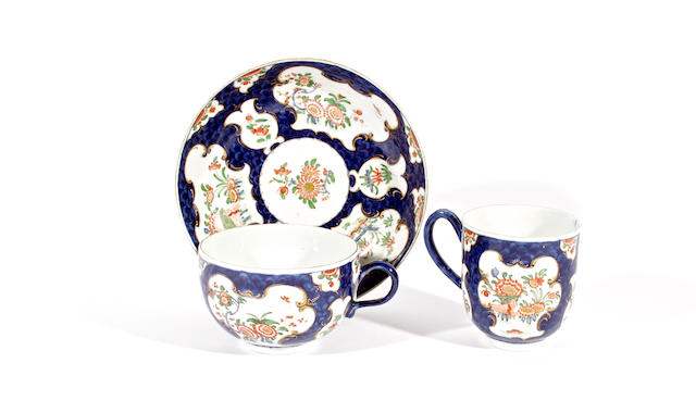 A Worcester trio of coffee cup, teacup and saucer, circa 1770