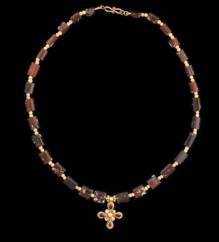 Roman/Byzantine necklace with cross pendant