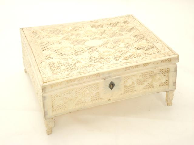 A Canton export ivory box Late 19th century