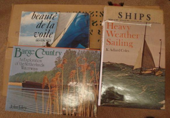 Various volumes, on yachting, sailing and travel. (a lot)