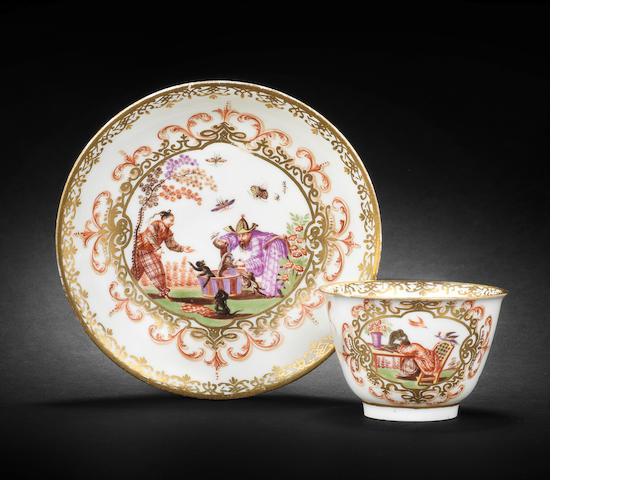 A Meissen teabowl and saucer, circa 1722