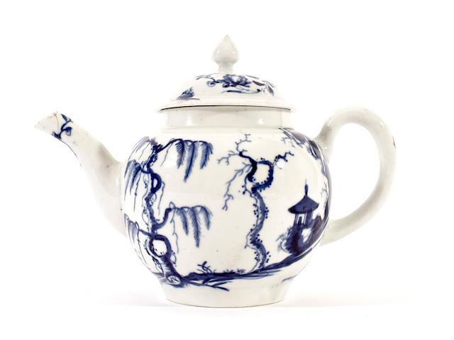 A Worcester teapot and cover, circa 1755-65