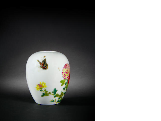 A small melon-shaped famille rose vase Qianlong six-character mark