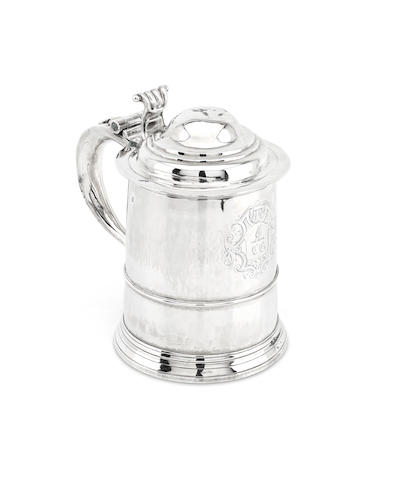 A George V silver tankard by William Darker, London 1720