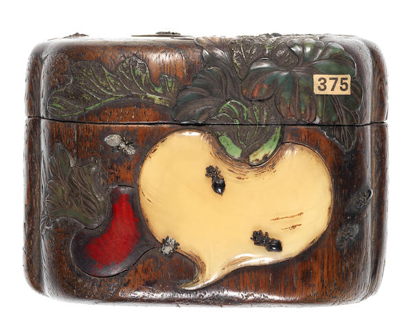 A large wood tonkotsu (tobacco box) Attributed to Jikan Ganbun, 19th century