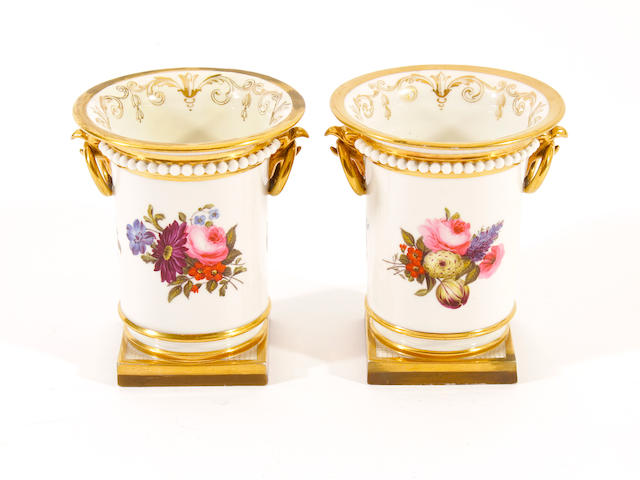 A pair of Flight, Barr and Barr vases, circa 1820