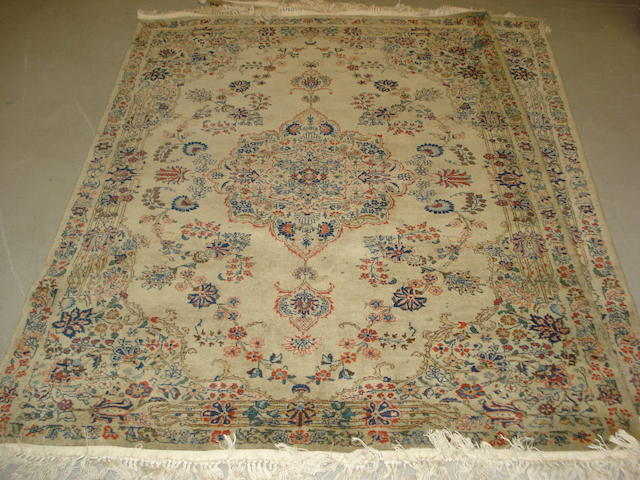 A pair of Kashan rugs, Central Persia, 195cm x 140cm (2)