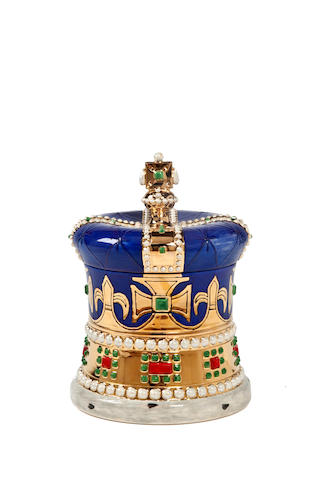 Sally Tuffin for Dennis Chinaworks 'The Coronation Crown' a Gold Lustred Lidded Box, 2012