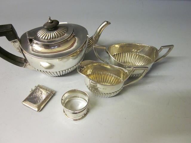A Victorian three piece silver tea service,  Birmingham 1889,  (5)