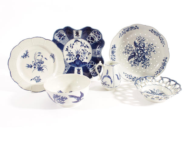 A group of Worcester porcelain, 18th century