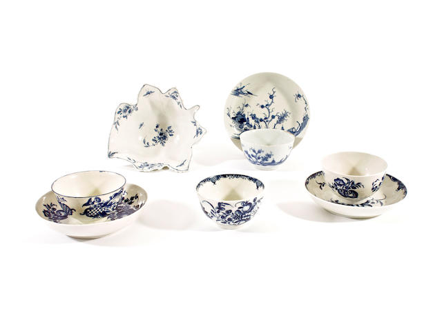 A Worcester butterboat and a leaf pickle dish, three teabowls and saucers and an odd teabowl, circa 1760-80