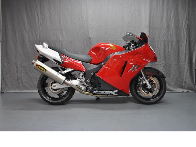 1999 Honda CBR1100XX Frame no. JH2SC35A8WM109333