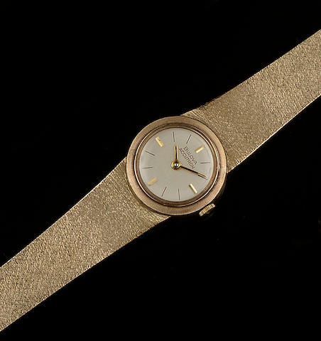 Two lady's 9ct gold wristwatches  (2)