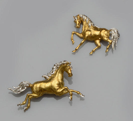 Two diamond set horse brooches (2)