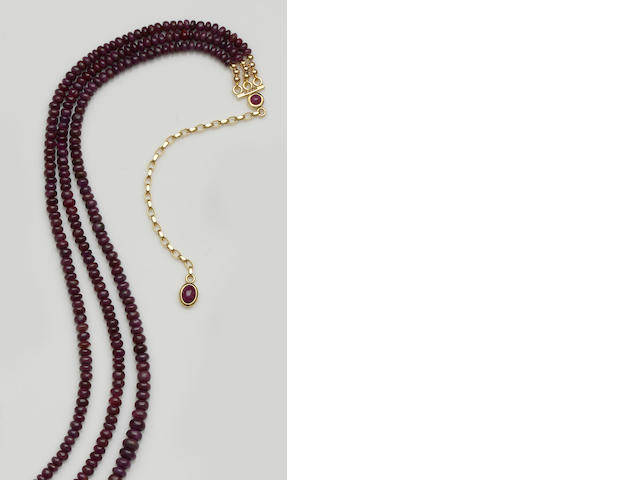 An 18ct gold mounted ruby bead necklace