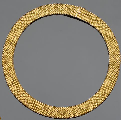 An 18ct gold mesh-link necklace