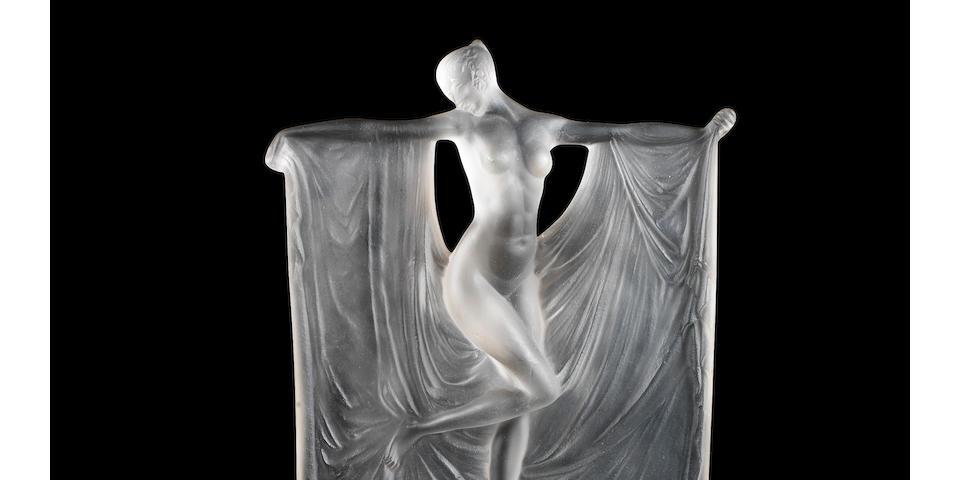 René Lalique 'Suzanne' a Statuette, design 1925