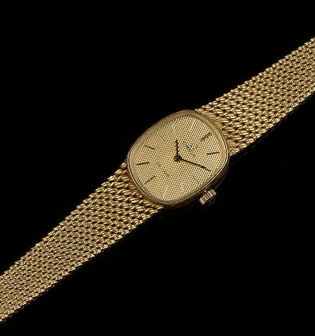 Omega: An 18ct gold lady's De Ville wristwatch