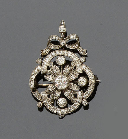 An early 20th century diamond brooch (2)