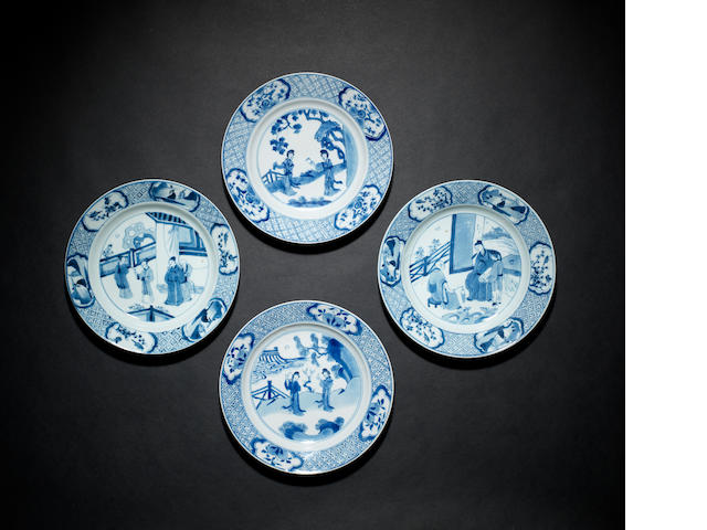 Four blue and white, circular dishes Qing Dynasty, one dish with Jiajing six-character mark