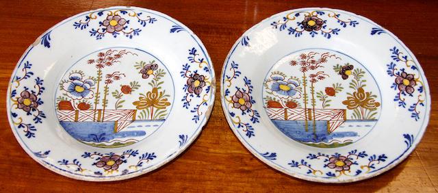 Six delft plates,