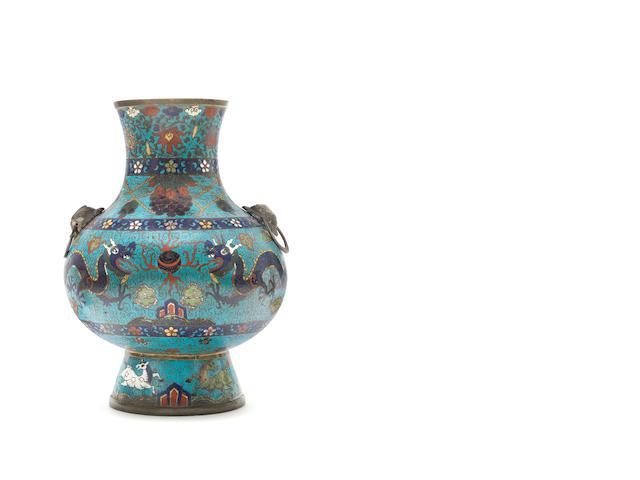 A cloisonné enamel 'dragon' vase, hu 17th century