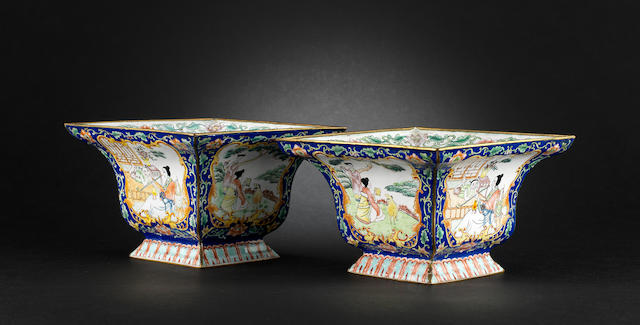 A pair of Canton enamel, square flaring bowls Qianlong four-character marks